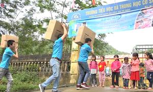 Chương trình 1.000 máy lọc nước của Asanzo đến với trẻ em nghèo Yên Bái