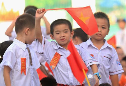 Học sinh THPT Hà Nội trong buổi lễ khai giảng năm học. Ảnh: Quỳnh Trang.