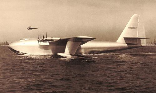 Chiếc H-4 trước chuyến bay thử ngày 2/11/1947. Ảnh: Wikipedia.