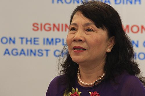 Thứ trưởng Nguyễn Thị Nghĩa phát biểu tại buổi ký kết. Ảnh: Dương Tâm