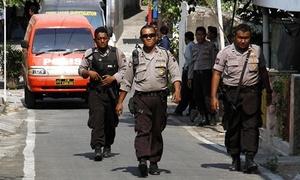Cảnh sát vũ trang Indonesia truy lùng hơn 100 tù nhân vượt ngục