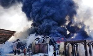 Nhà xưởng 6.000 m2 tại Hải Phòng bốc cháy ngùn ngụt