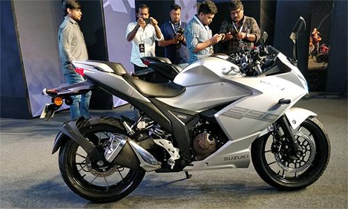 Suzuki Gixxer SF 250 ra mắt tại Ấn Độ, đối thủ mới của Honda CBR250R.
