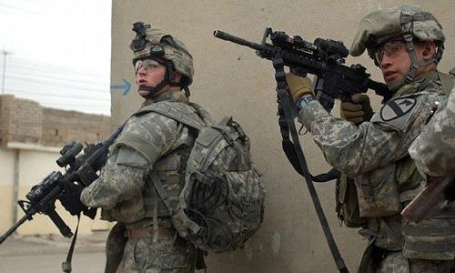 Binh sĩ Mỹ hoạt động ở Iraq. Ảnh:PRI.