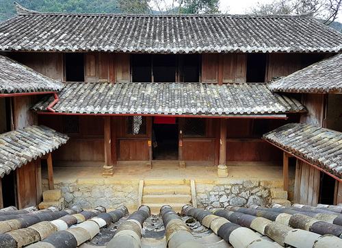 Dinh thự vua Mèo ở Đồng Văn, Hà Giang. Ảnh: Ngọc Thành.