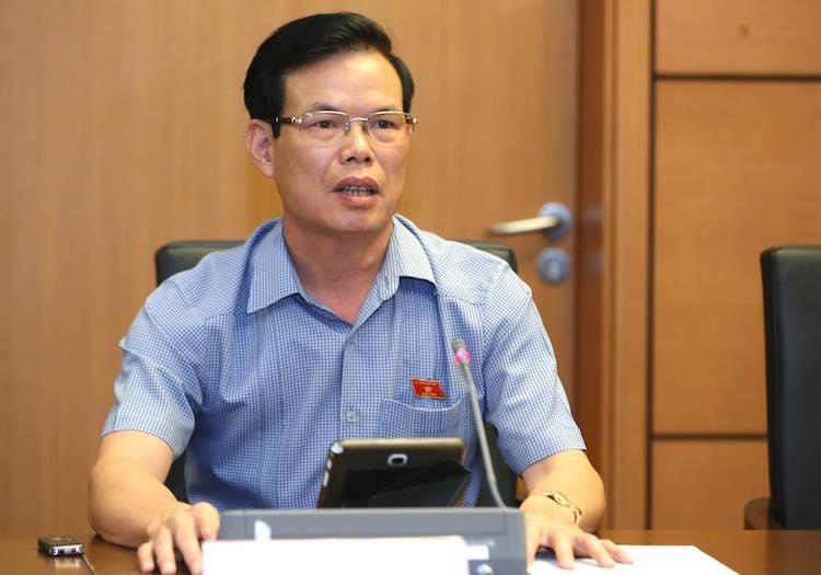 Bí thư Hà Giang Triệu Tài Vinh tại phiên thảo luận tổ ở Quốc hội sáng 22/5. Ảnh: Ngọc Thắng