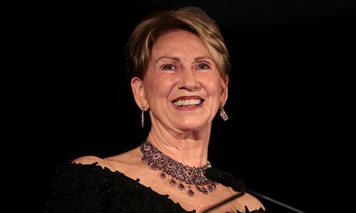Cựu đại sứ Mỹ tại Phần Lan Barbara Barrett. Ảnh: Ktar News.