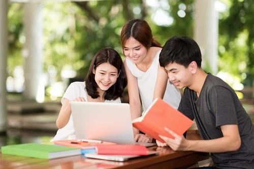 Chứng chỉ A2 Key được thiết kế phù hợp với sở thích của học sinh, giúp các em tăng cường động lực học tiếng Anh.