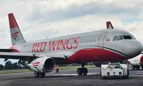 Chiếc máy bay của hãng Red Wings đang trên hành trình từ Moskva tới Simferopol. Ảnh: east2west news
