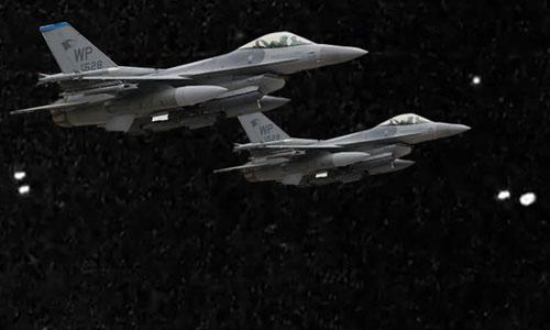 Tiêm kích hải quân Mỹ huấn luyện bay đêm. Ảnh: US Navy.