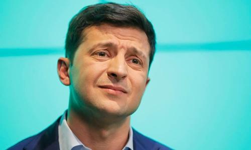 Volodymyr Zelensky tại Kiev hồi tháng 4. Ảnh: AP.