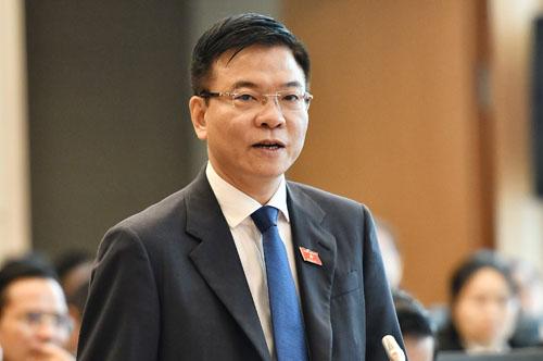 Bộ trưởng Tư pháp Lê Thành Long. Ảnh: Giang Huy.