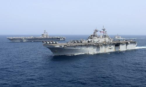 Nhóm tàu chiến Mỹ diễn tập gần Iran hôm 17/5. Ảnh: US Navy.