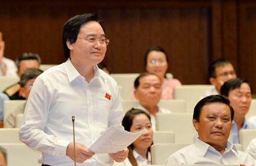 Bộ trưởng Phùng Xuân Nhạ tại Quốc hội. Ảnh: Trung tâm báo chí Quốc hội