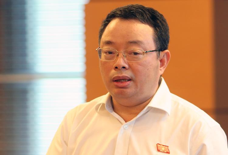 Ông Hoàng Văn Trà, Phó chủ nhiệm Uỷ ban kiểm tra trung ương. Ảnh: Võ Hải.