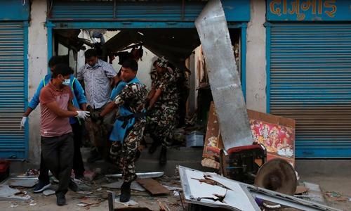 Hiện trường vụ nổ ở Kathmandu ngày 26/5. Ảnh: AFP.