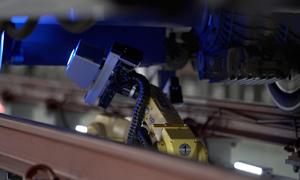 Tàu viên đạn 350 km/h ở Trung Quốc bảo trì bằng robot AI