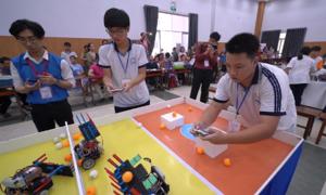 Hơn 600 thí sinh tranh tài cuộc thi robotacon ở TP HCM