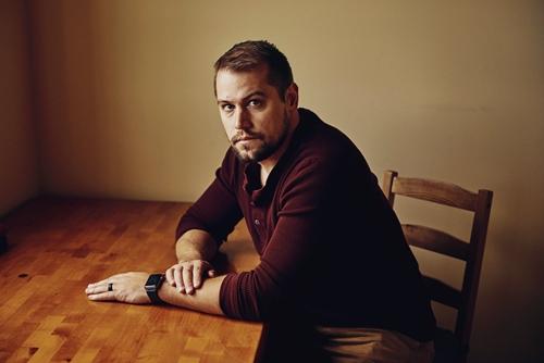 Ryan Graves tại Mỹ vào tháng này. Ảnh: NYTimes.