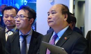 Thủ tướng tham quan mô hình công nghệ cao tại Thụy Điển