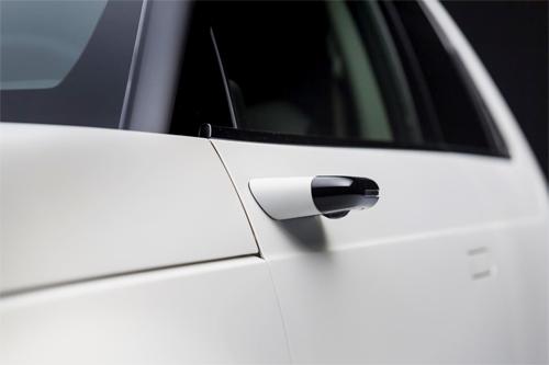 Thiết kế nhỏ gọn của các camera giúp giảm chiều rộng xe, giảm độ cản gió.