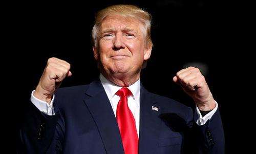 Ông Trump tại một chiến dịch vận động tranh cử ở bang Ohio ngày 27/10/201. Ảnh: Reuters.
