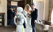 Robot nhiếp ảnh gia hỗ trợ chụp ảnh tại sự kiện