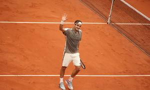 Roger Federer 3-0 Oscar Otte
