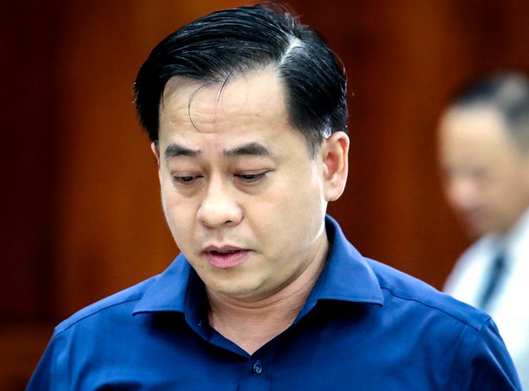 Vũ Nhôm đề nghị HĐXX thận trọng xem xét chứng cứ buộc tội mình. Ảnh: Thành Nguyễn.