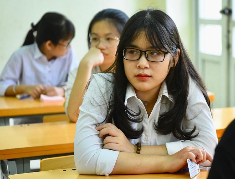 Thí sinh tại điểm thi trường THCS Lê Quý Đôn (Cầu Giấy, Hà Nội). Ảnh: Giang Huy