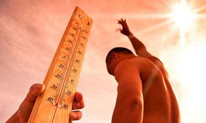 Dân Ấn Độ không dám ra khỏi nhà trong đợt nắng nóng 50 độ C