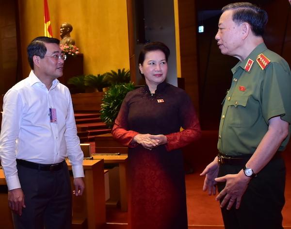 CTQH-Nguyen-Thi-Kim-Ngan-va-ca-2089-4928