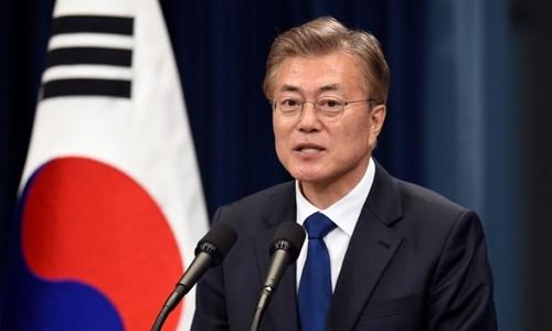 Tổng thống Hàn Moon Jae-in tại Seoul tháng 5/2017. Ảnh: Reuters.