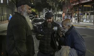 Hội 'râu dài' chuyên giúp người nghèo trên đường phố Argentina