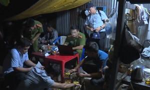 22 người bị bắt trong đường dây làm xăng giả ở Đăk Nông