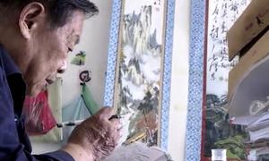 Cụ ông 84 tuổi tham dự kỳ thi đại học ở Trung Quốc