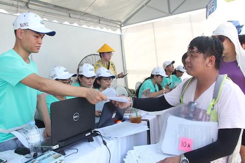 Anh Lê Minh Hoàng, trưởng nhóm chạySolarBK