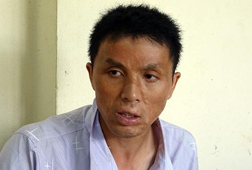 Xiong zhuogen tại cơ quan điều tra. Ảnh: Hồng Tuyết.