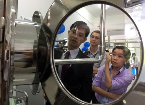 Một phòng thí nghiệm của Đại học Tôn Đức Thắng. Ảnh: Mạnh Tùng.