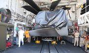 Tàu chiến chở trực thăng của Hải quân Canada tại Cam Ranh