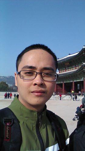 Mentor Tống Văn Linh luôn thay đổi cách tiếp cận và chia sẻ kiến thức tùy theo đối tượng sinh viên.