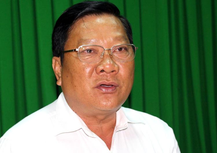Phó chủ tịch UBND tỉnh Sóc Trăng Lê Văn Hiểu tại buổi họp báo. Ảnh: Hoàng Hạnh.