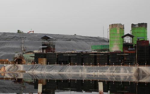 Khu vực xử lý nước rác ở bãi rác Nam Sơn (Sóc Sơn, Hà Nội). Ảnh: Tất Định