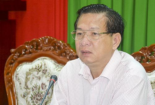 Ông Huỳnh Văn Sum phát biểu kết luận cuộc họp. Ảnh: Báo Sóc Trăng.