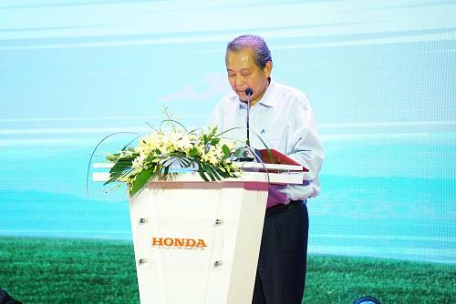 Đồng chí Trương Hòa Bình - Chủ tịch Ủy ban ATGT Quốc gia phát biểu.