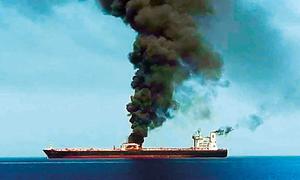 Vụ tấn công tàu dầu làm gia tăng căng thẳng Mỹ - Iran