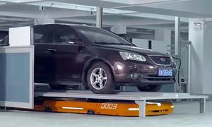 Hệ thống đỗ xe tự động bằng robot ở Trung Quốc