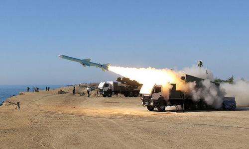 Tên lửa diệt hạm Iran bắn thử năm 2017. Ảnh: Fars News.