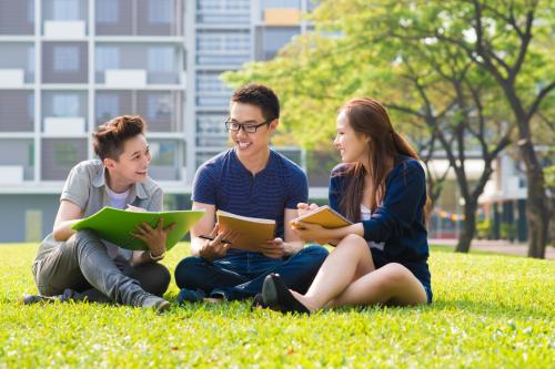 Giỏi tiếng Anh chưa chắc đã đi du học được nếu không có kỹ năng mềm và khả năng thích ứng nhanh với môi trường.