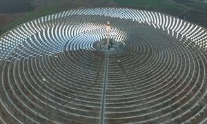 Nhà máy điện mặt trời hoạt động ban đêm đầu tiên trên thế giới